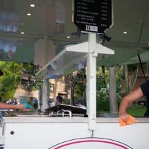 Die Getränkewagen werden nach jedem Einsatz blitzblank geputzt und zwar direkt nach jedem Spiel.